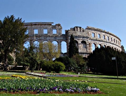 Grad Pula, Amfiteatar Arena